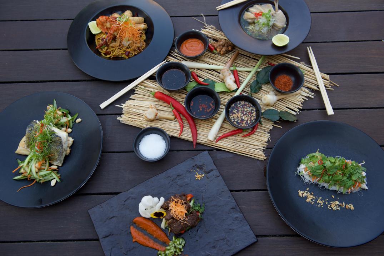 Sontaya_VIETNAMESE STREET FOOD
